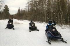 snowmo_down_road